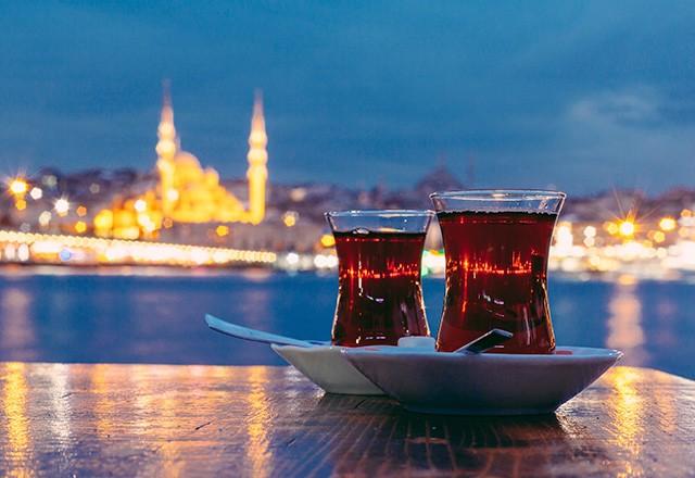 الشاي واكتشافه وزراعته في تركيا
